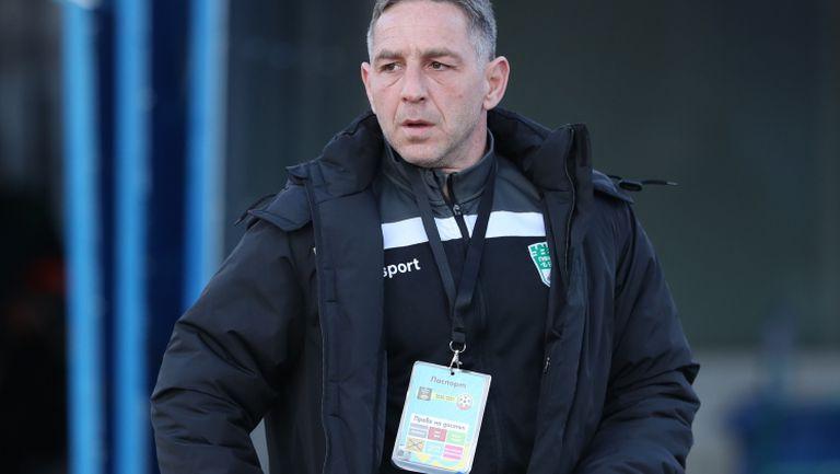 Помощник-треньорът на Берое: Не знам какво се случи със съдийската тройка на полувремето