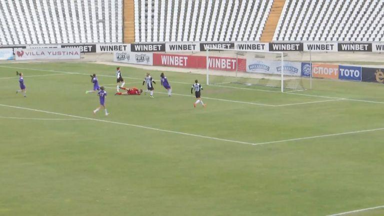 Локо (Пловдив) откри резултата срещу Етър с ранен гол на Сърбинска