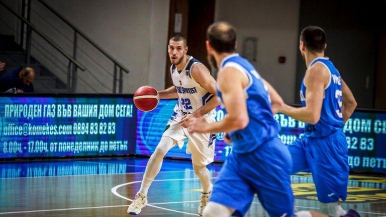 Безупречен Рилски спортист разстреля Левски Лукойл и запази лидерството си в НБЛ