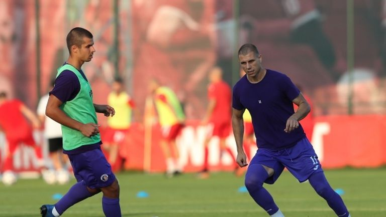 Станислав Маламов и Антон Огнянов подписват с отбор от Втора лига