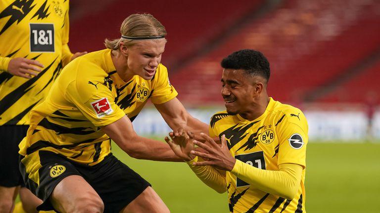 В Дортмунд продължават да настояват: Планираме следващия сезон с Ерлинг в състава