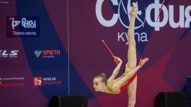 Първият отбор на Левски Триадица спечели титлата при девойки старша възраст на ДП по художествена гимнастика