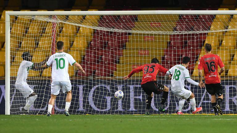 Автогол донесе победата на Сасуоло срещу Беневенто (видео)