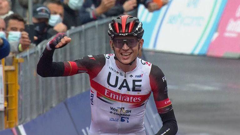 """Джо Домбровски спечели четвъртия етап на """"Джирото"""""""