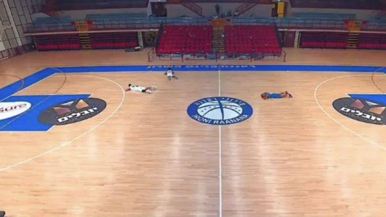 Истински кошмар! Сигнал за бомбардировка прекъсна баскетболен мач (видео)