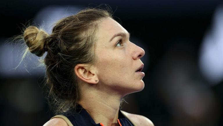 Симона Халеп отпадна от турнира по тенис в Рим (видео)