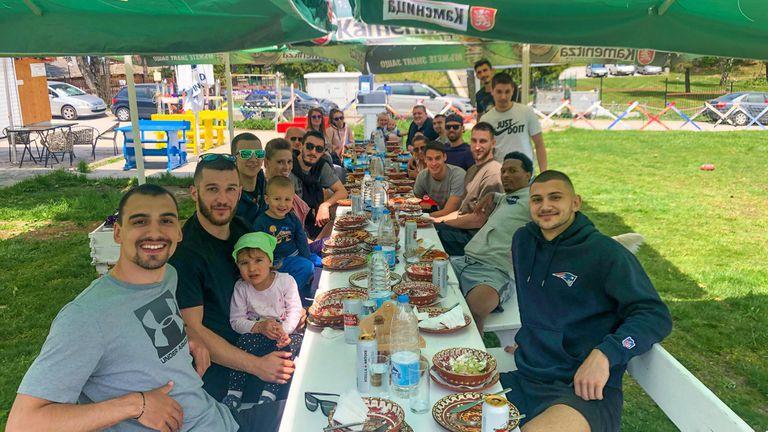 Академик Пловдив сплотява колектива сред природата