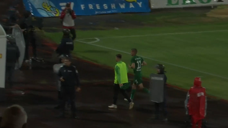 Десподов се прибра бързо в тунела след края на мача с ЦСКА-София