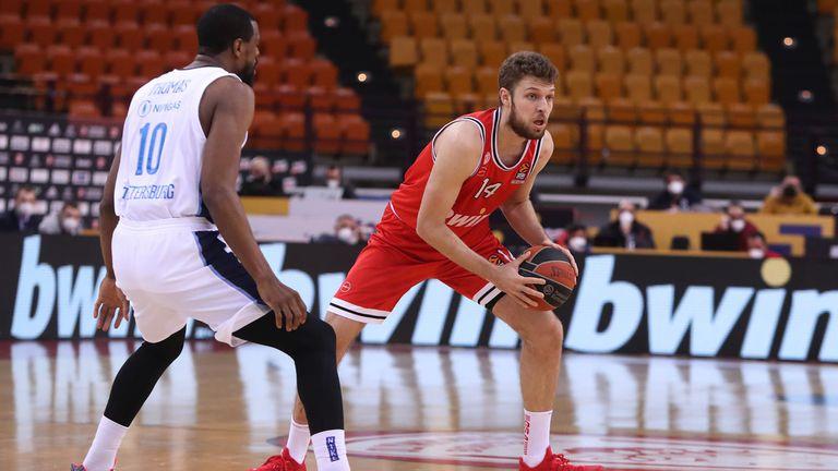 Александър Везенков – за залитането към волейбола, НБА мечтата и българската баскетболна действителност