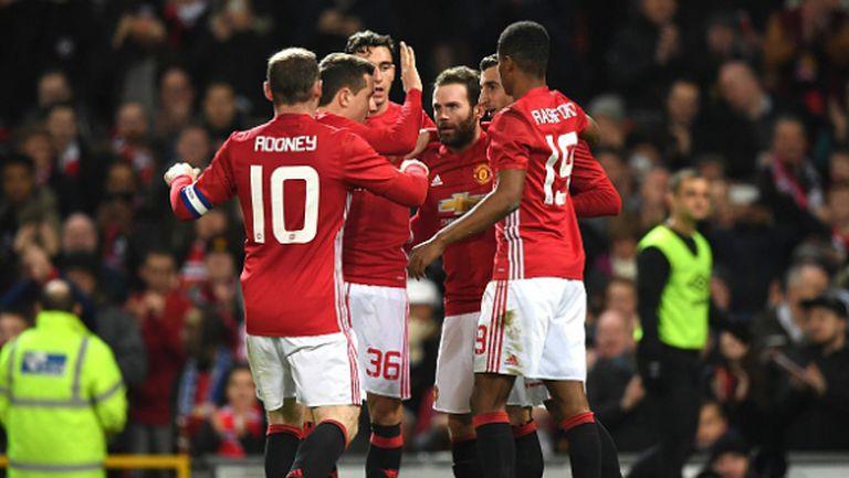 Ман Юнайтед върви уверено към финала за Купата на лигата (видео)