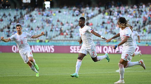 Швейцария поведе още в началото на второто полувреме, Емболо матира отбраната на Уелс
