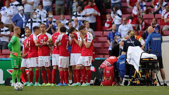 Тежък инцидент с Кристиан Ериксен спря Дания - Финландия при 0:0