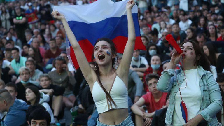 Различната гледна точка от мача Белгия – Русия
