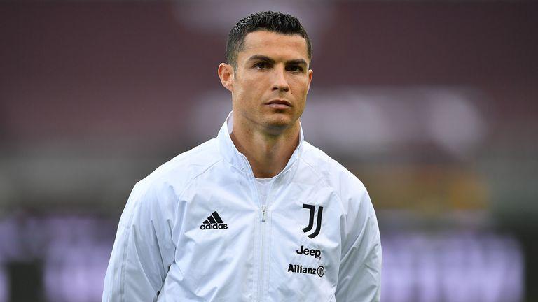 Завръщане в Манчестър Юнайтед е един от двата най-вероятни сценария за Кристиано