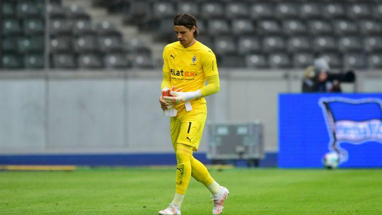 Вратарят на Борусия (М) наказан за два мача
