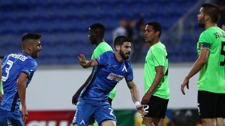 Еуфория след гола на Монсалве срещу Черно море