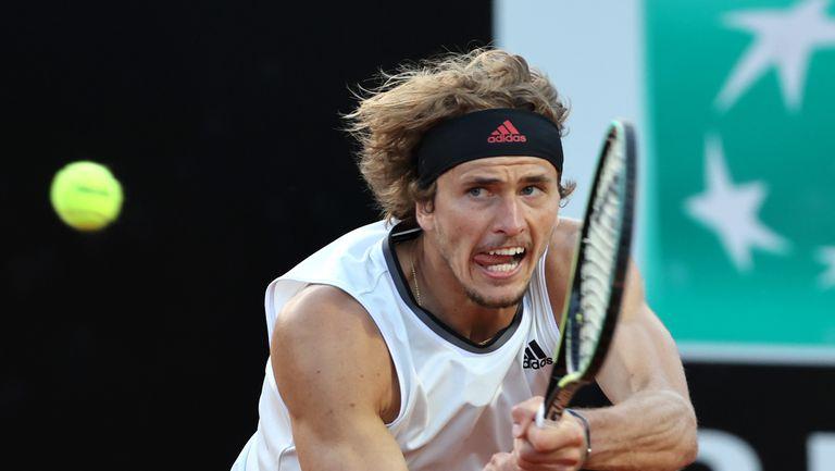 """Зверев направи страхотен обрат срещу Нишикори и е четвъртфиналист на турнира """"Мастърс"""" в Рим"""
