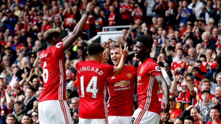 "Младият Юнайтед зарадва ""Олд Трафорд"" преди големия финал (видео)"