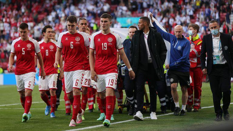 Светът на футбола и спорта реагира на случилото се с Ериксен
