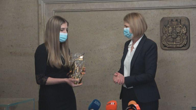 """Маноилова е новото лице на """"София - европейска столица на спорта"""""""