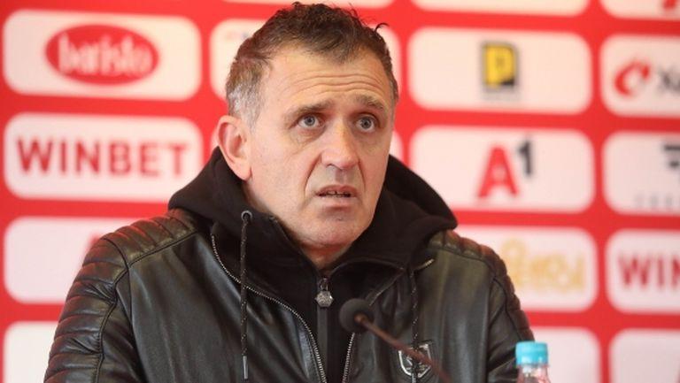Проблеми за Бруно Акрапович преди двубоя с Етър (видео)