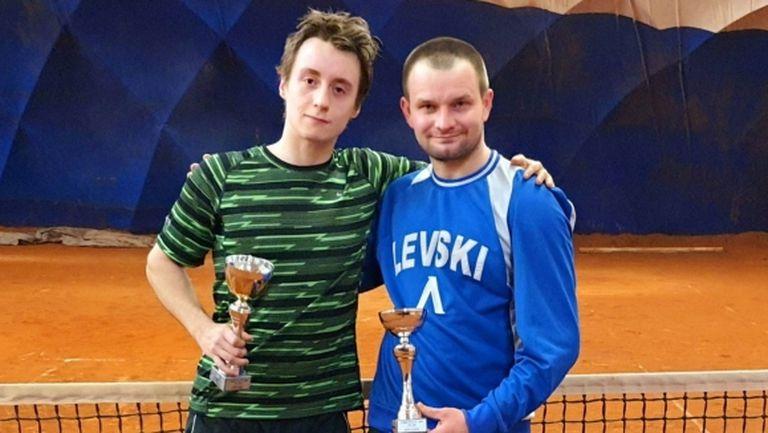 Марк Хаджижеков с хеттрик във вечерните турнири на Интерактив тенис