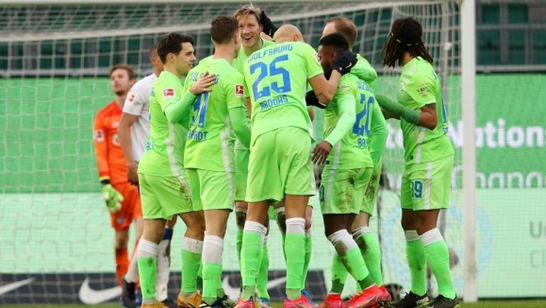 Волфсбург се позабавлява срещу последния (видео)