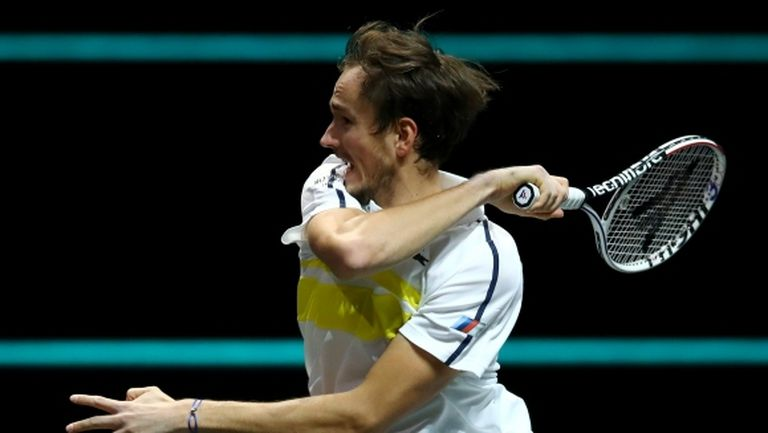 Медведев е финалист в Марсилия
