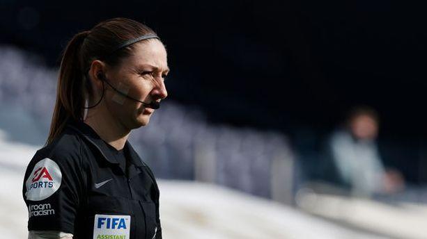 Иранска телевизия цензурира над 100 пъти дербито между Тотнъм и Манчестър Юнайтед заради...