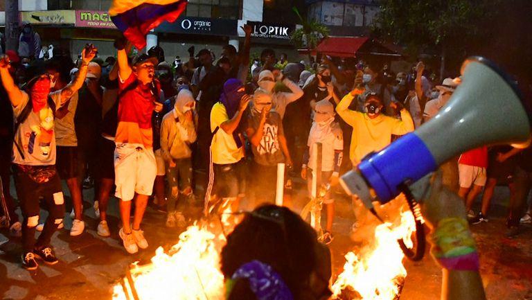 Протест в Колумбия прекъсна мач от Копа Либертадорес