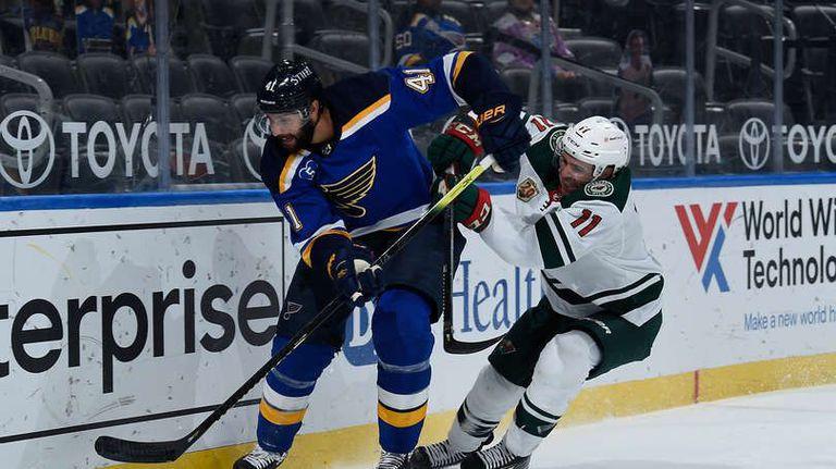 Сейнт Луис смаза Минесота на финала на редовния сезон в НХЛ