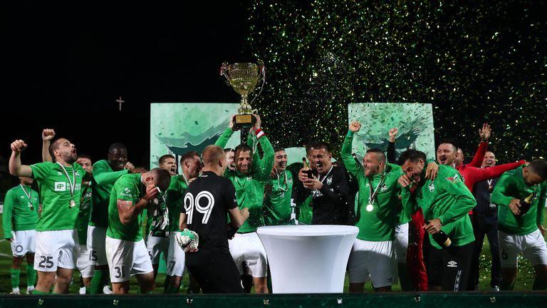 Шампанско и заря ознаменува първото място на Пирин във Втора лига за сезон 2020-2021!