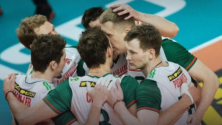 Пламен Константинов и Локомотив (Новосибирск) завършиха редовния сезон с победа №17 в Русия