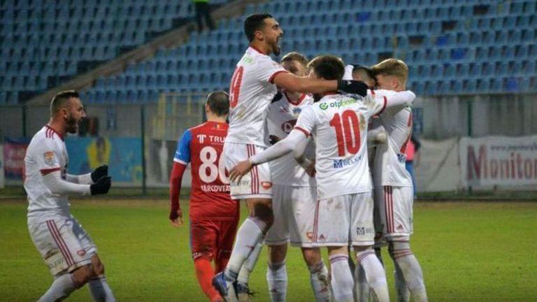 Сепси с Ради Димитров взе важна победа като гост