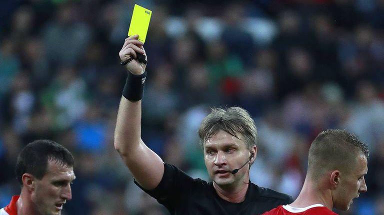 УЕФА изхвърли от футбола руски съдия