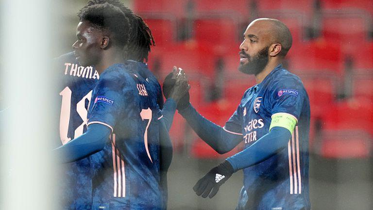 Лаказет и Арсенал се забавляват, втори гол на французина в Прага