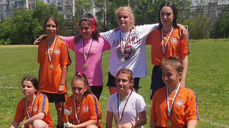 Девойките на ЖФК Бургас спечелиха турнира по футбол в Шумен