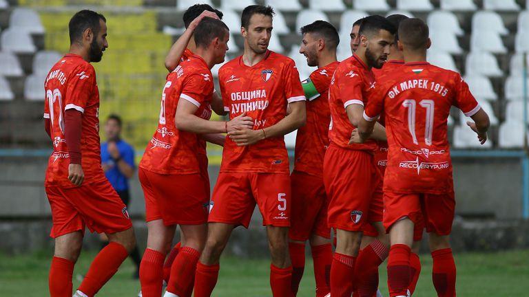 Марек поведе на Балкан (Ботевград)  с гол в 14-тата минута