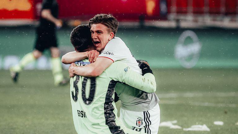 Драма до последно и головата разлика определиха новия шампион на Турция (видео)