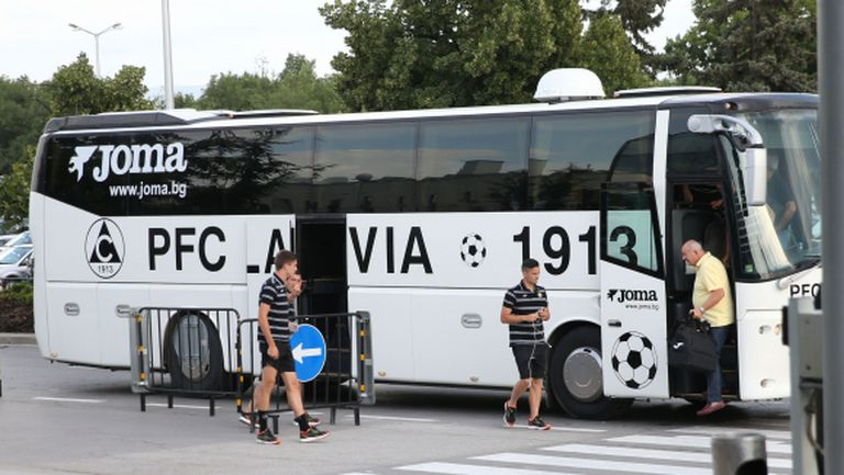 Славия замина с група от 26 футболисти за Банско