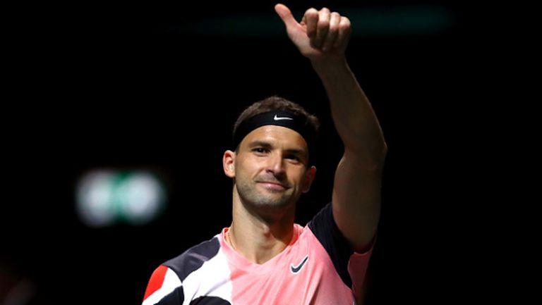 Григор надъха тенис ученици