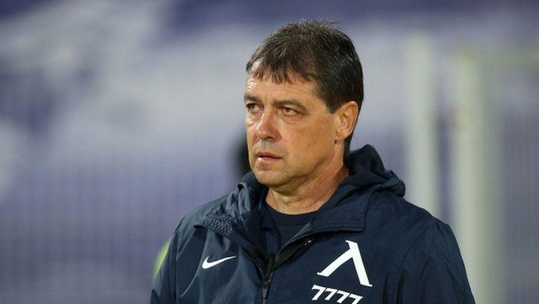 НКП на Левски скочи на Хубчев: Играем селски футбол! За цяла година спечели един мач с дузпи