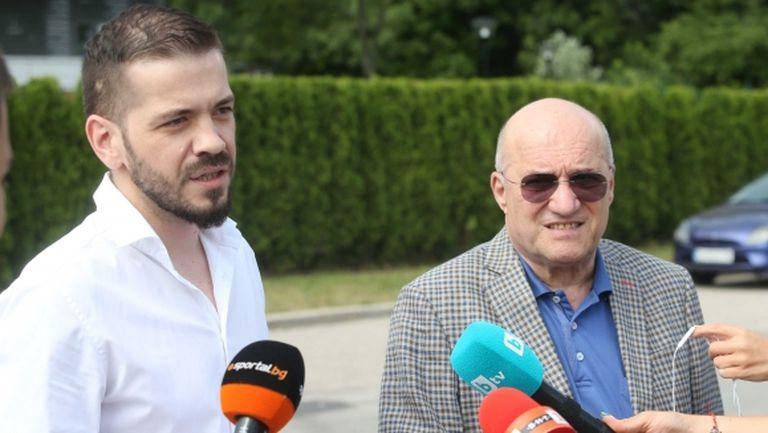 Разпитът на Букарев приключи, треньорът се отметна, предупредиха го да внимава (видео)
