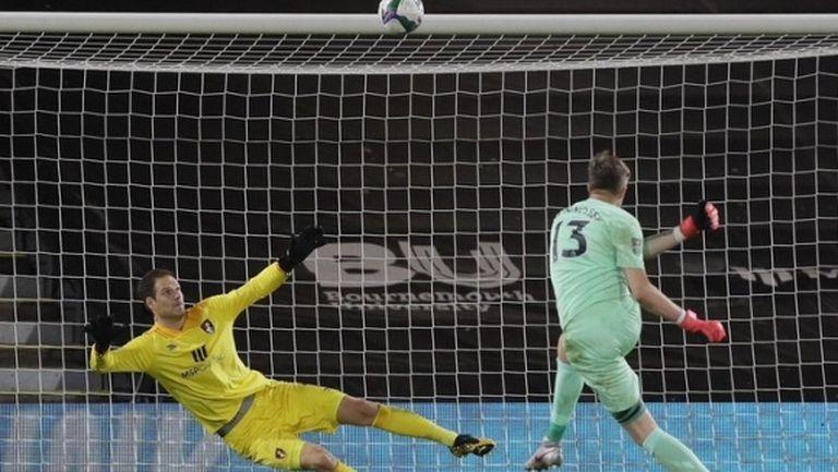 24 дузпи определиха първия съперник на Ман Сити за Купата на Лигата (видео)