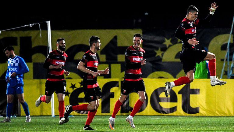 Локо (Пловдив) пусна виртуални билети за мача с Левски
