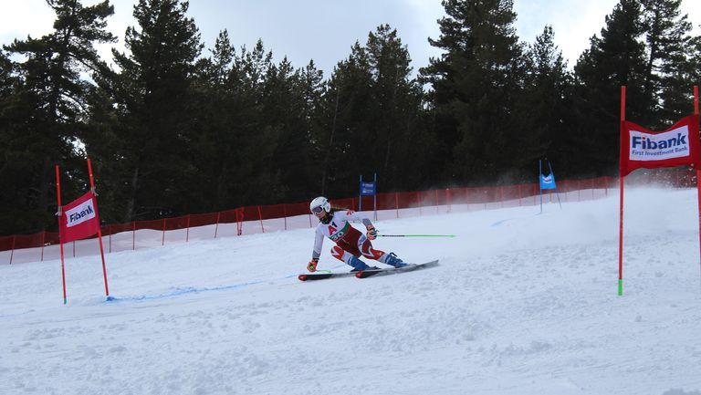 Алпийците закриха сезона с два супергигантски слалома в Банско