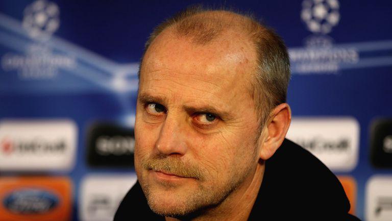 Вердер освободи треньора преди последния мач, легенда ще спасява клуба