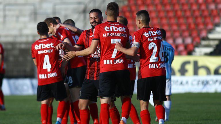 Диков вкара четвърти гол за Локо Сф срещу Созопол