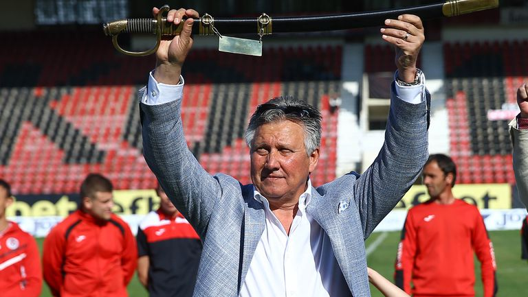 Иван Василев: Феновете и футболистите заслужават този радостен миг