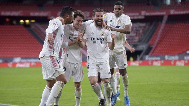 Реал Мадрид преодоля съпротивата на баските и не се отказва от титлата (видео)